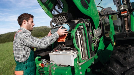 Learn about thermal management for agricultural and construction vehicles from Behr Hella Service now
