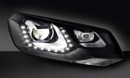 Xenon headlamp with glare-free high beam (vCOL – vertical Cut-Off Line), VW Touareg