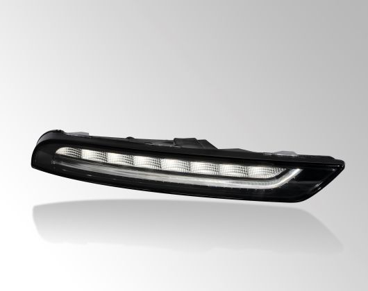Front combination lamp with turn indicator and position light in LED technology, Porsche Macan
