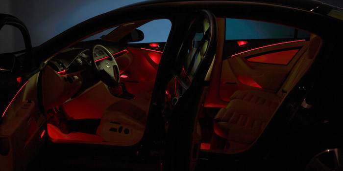 Ambient interior lighting in red (Innovation car)