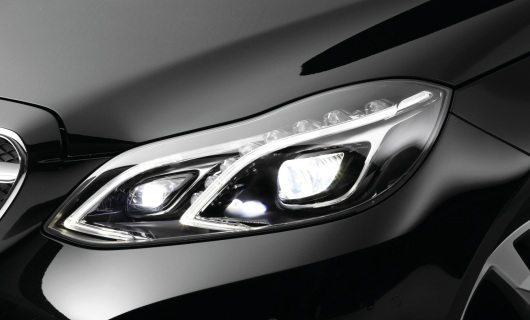 Full-LED headlamp with glare-free high beam, Mercedes E-Class