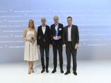 Dr. Rolf Breidenbach, President and CEO, accepted the Daimler Supplier Award on behalf of HELLA.