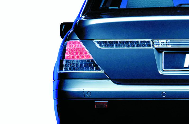 Adaptive Signal System: BMW rear light, stop light