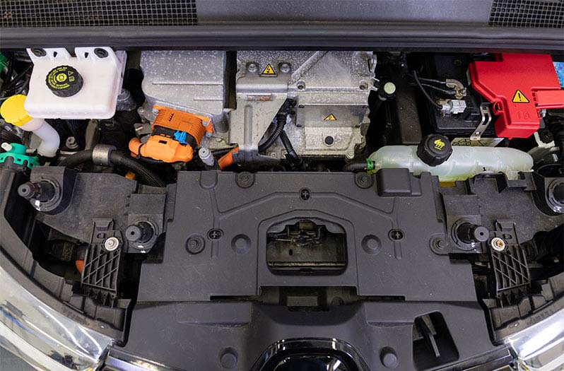 Thermal management in electric and hybrid vehicles | BEHR HELLA