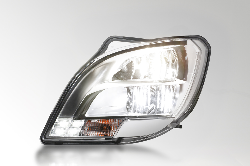 The first LED headlamp for trucks from HELLA