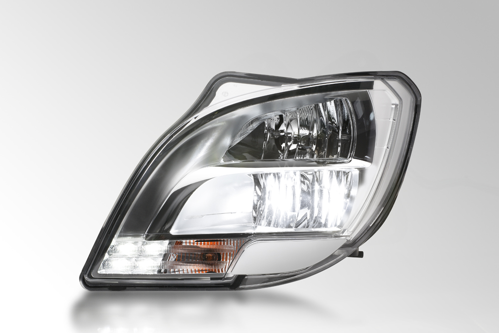 The first LED headlamp for trucks from HELLA with light color similar to daylight